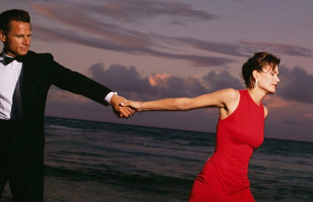 What do 36% of women consider to be the most romantic thing their man can do for them?